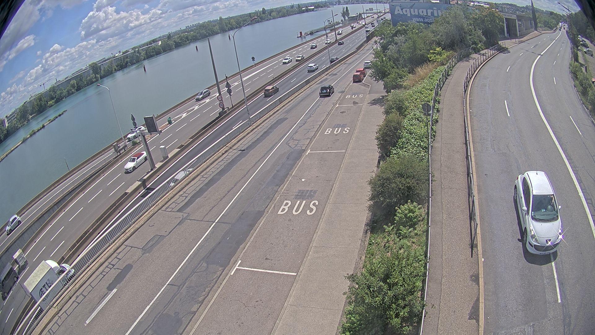 Caméra trafic sur A7 à Lyon, au niveau du Pont de la Mulatière, vue orientée vers Marseille